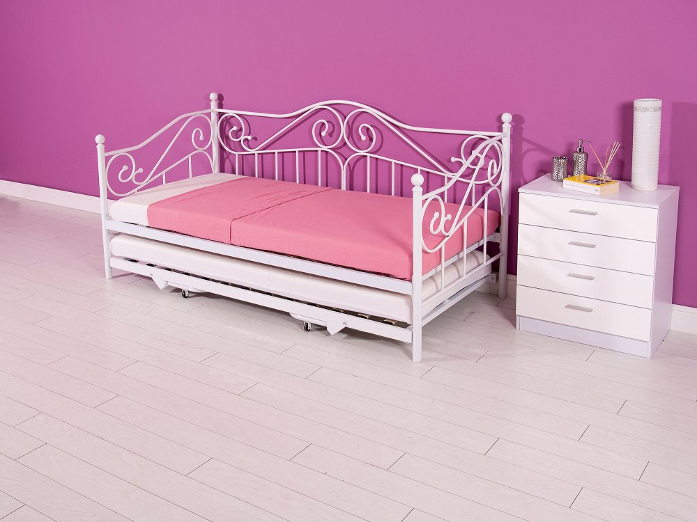 Madison Day Bed Plus Trundle New To BF Beds