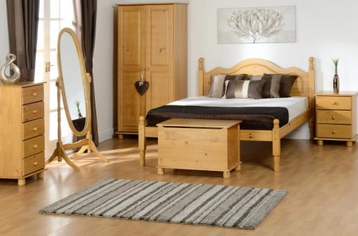 images_gallery_med_SOL_BEDROOM_and_CONTESSA_MIRROR